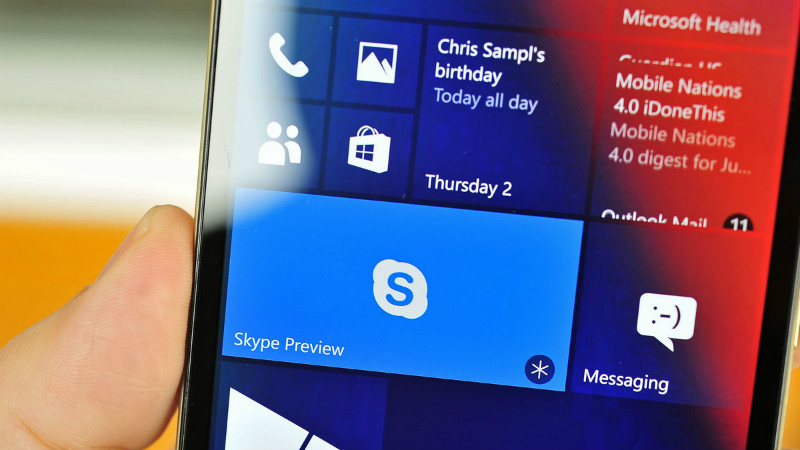 skype tren window phone 8.